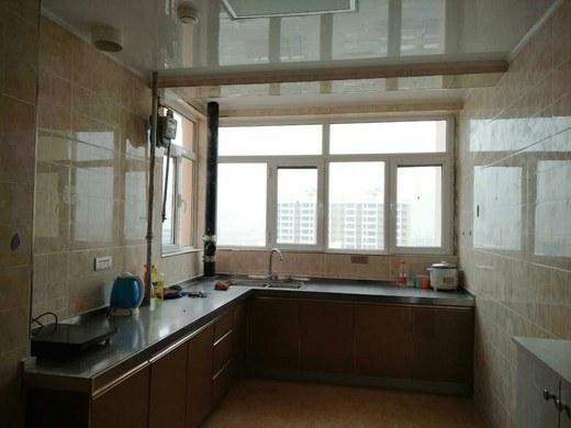 84平米两室一厅装修图